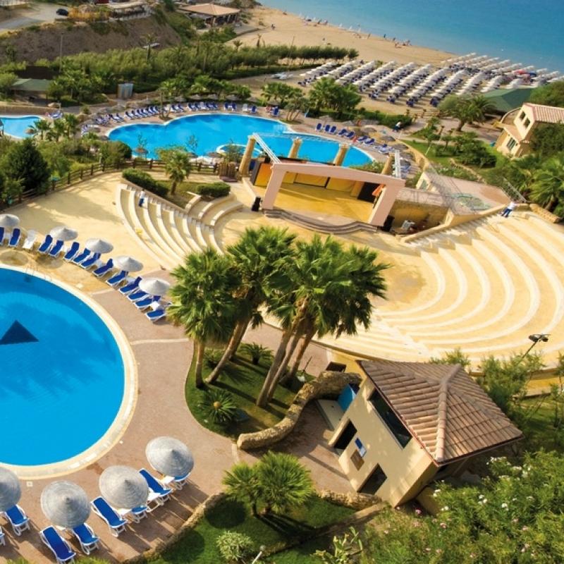 Calabria vacanza in resort 4 in pensione completa