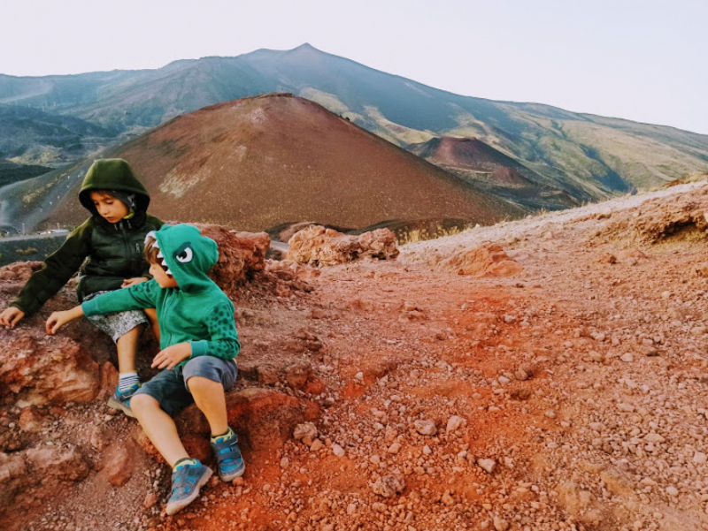 Etna Family Tour sullEtna con i bambini