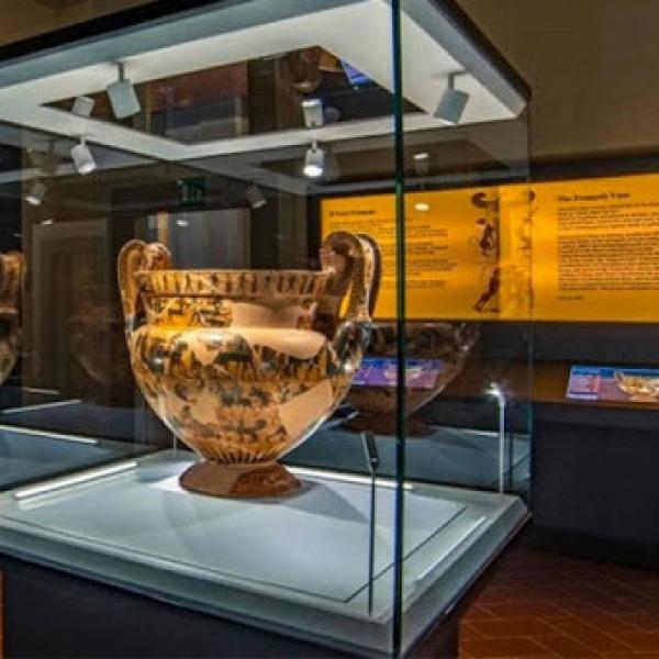 gli etruschi tavola visita