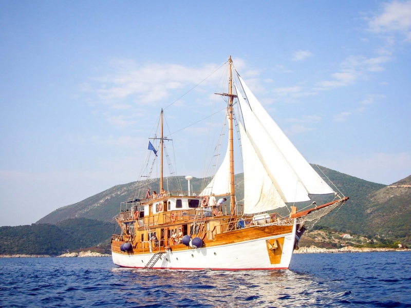 Grecia per famiglie tour internazionale in bici e barca