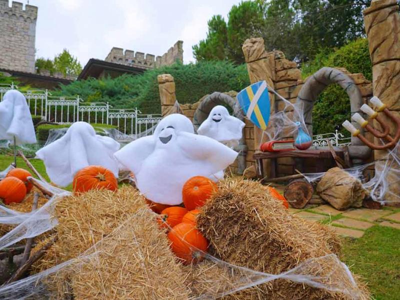 Halloween con i bambini sul Lago di Garda con giornata a Gardaland