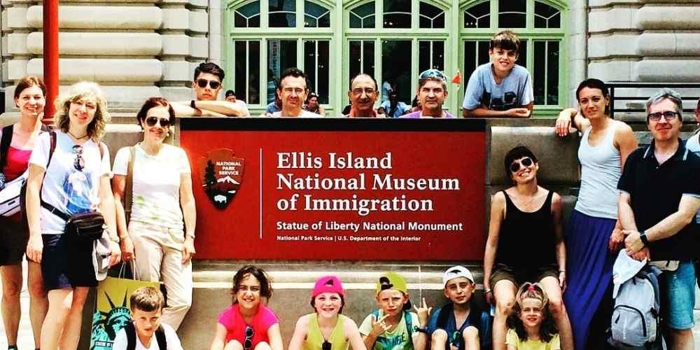 New York con bambini. 7 famiglie 20 persone tra adulti bambini e ragazzi....Si parteeeeee!!!