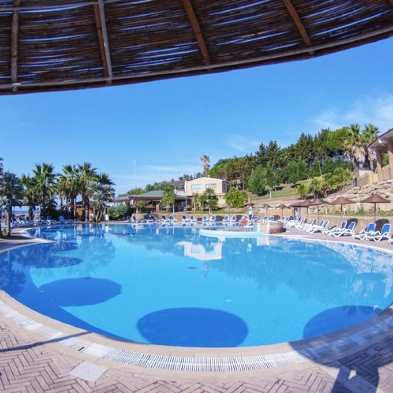 Resort in Calabria sul mare bimbo gratis