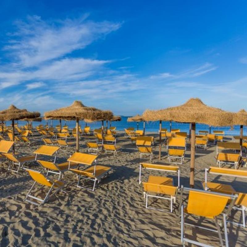 Toscana villaggio pensione completa vicino al mare