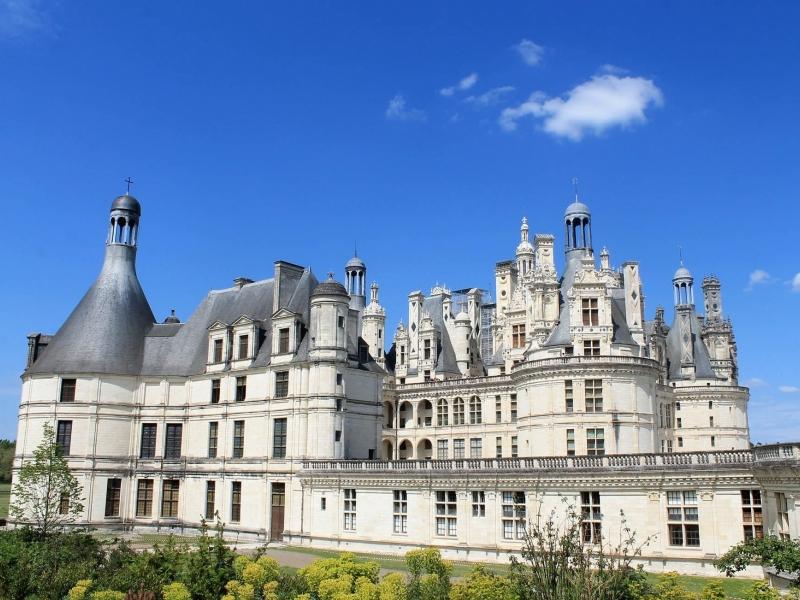 Tour in bici alla scoperta dei castelli della Loira con bambini