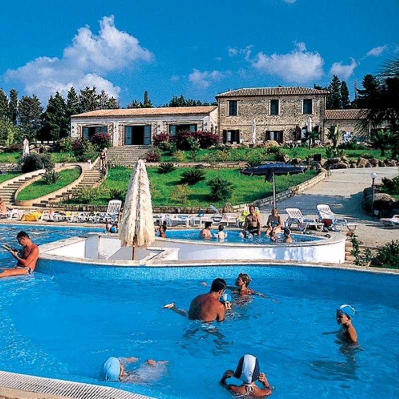 Villaggio 4 per famiglie in Calabria costa tirrenica