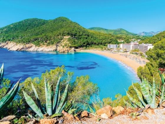 Villaggio a Ibiza per famiglie vacanza alle Baleari