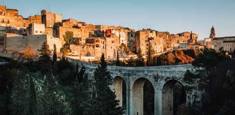 Puglia: 5 posti da vedere con i bambini per una vacanza tra borghi e natura
